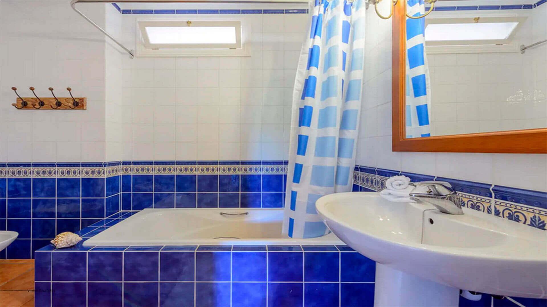 Villa Mussett Ibiza 41 Bathroom 3