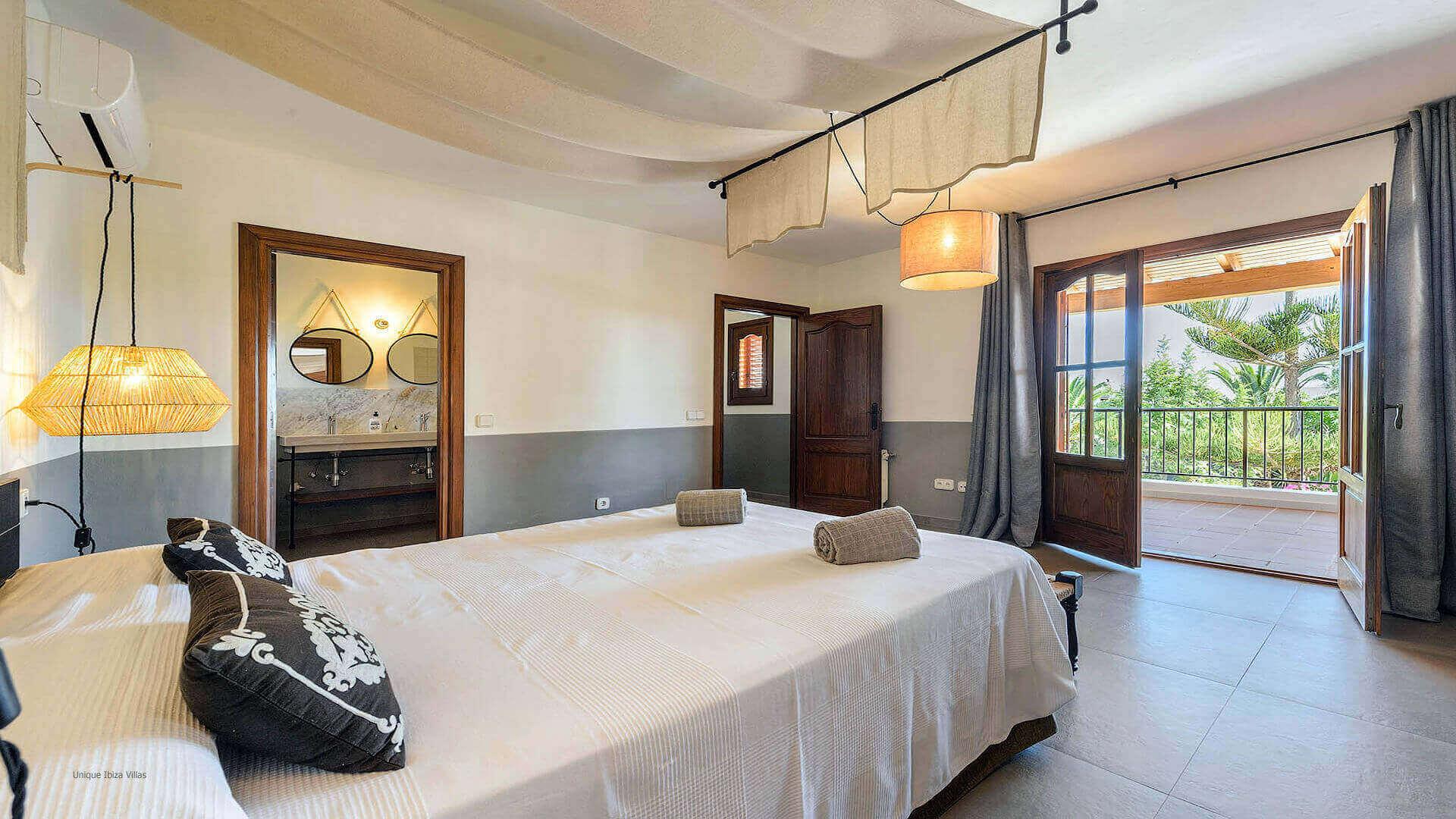 Villa Azul Ibiza 25 Bedroom 1