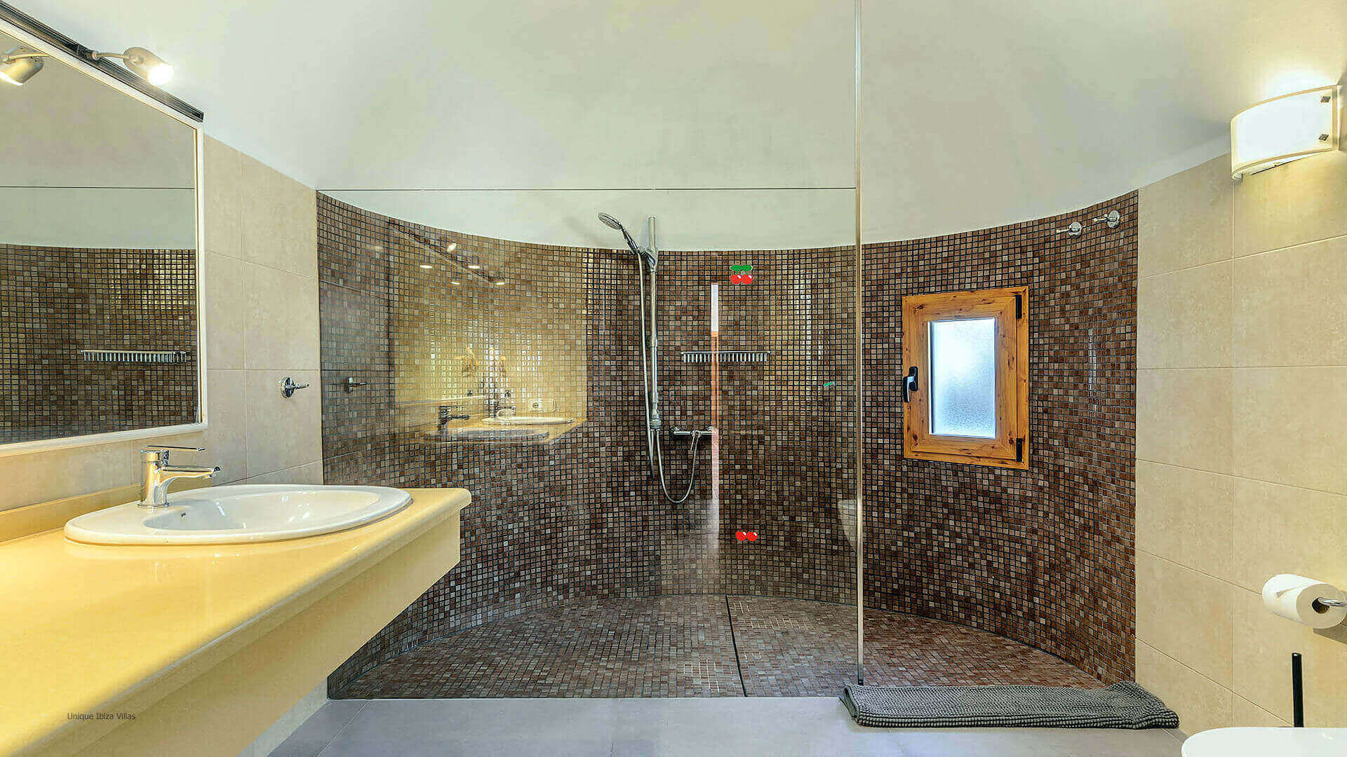 Villa Azul Ibiza 38 Bathroom 2