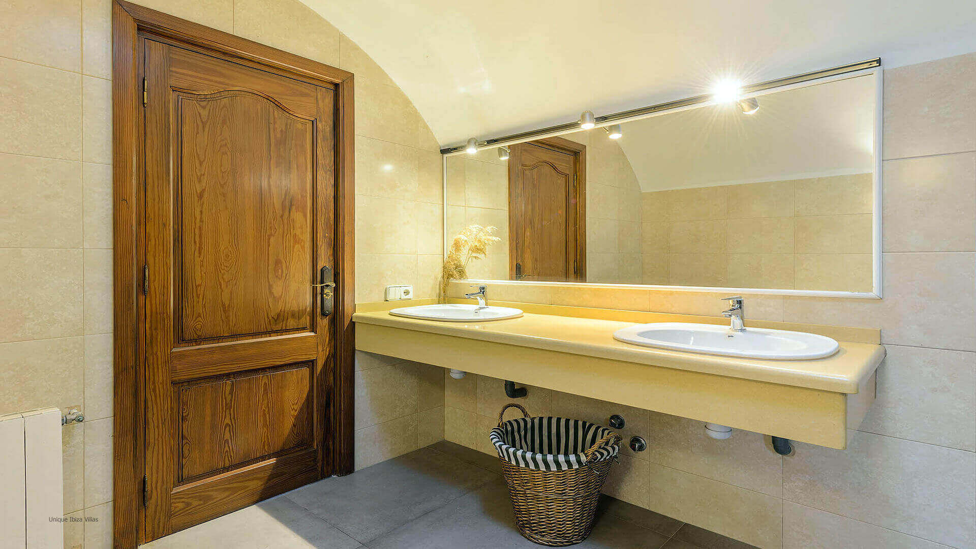 Villa Azul Ibiza 39 Bathroom 2