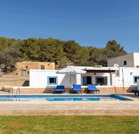 CAN CAUS - (sleeps 5 - finca with private pool - near Ibiza Town - south Ibiza - 3 bedrooms)
