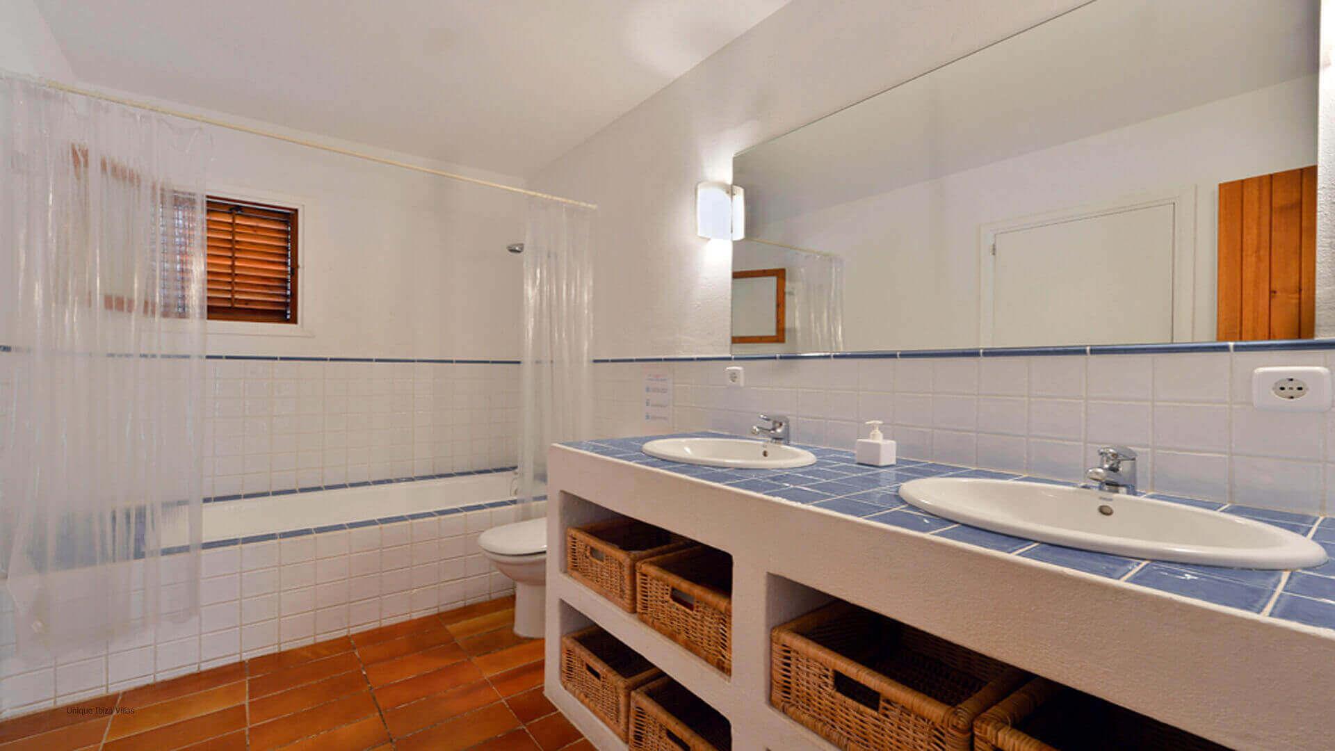Can Colls Ibiza 18 Bedroom 1 En Suite