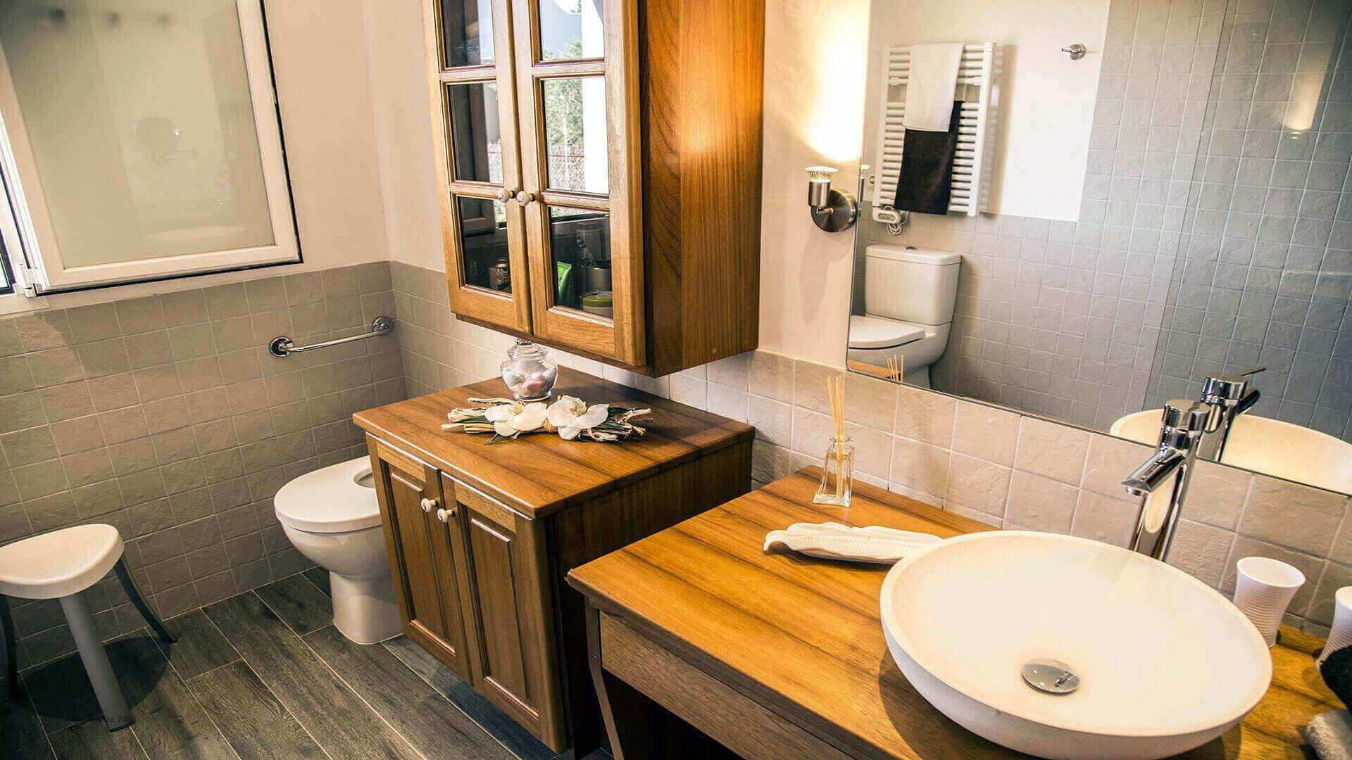 Villa Andrea Ibiza 32 Bathroom 1