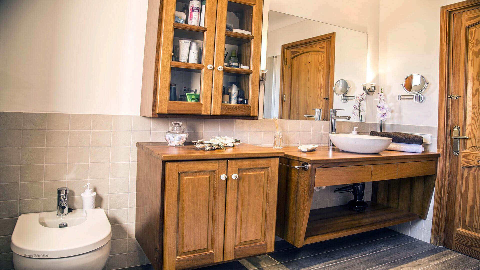 Villa Andrea Ibiza 34 Bathroom 1