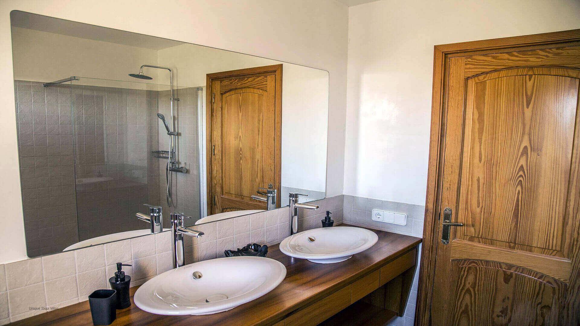 Villa Andrea Ibiza 44 Bathroom 2