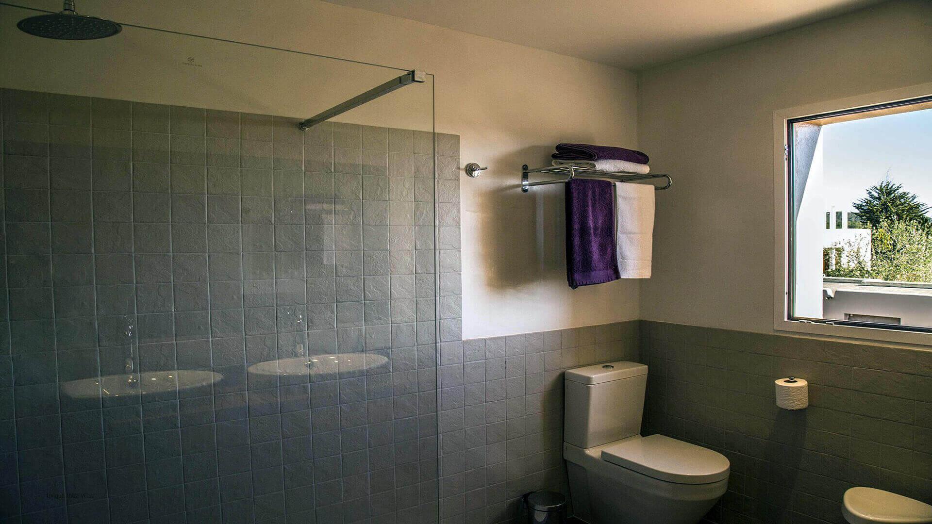 Villa Andrea Ibiza 45 Bathroom 2