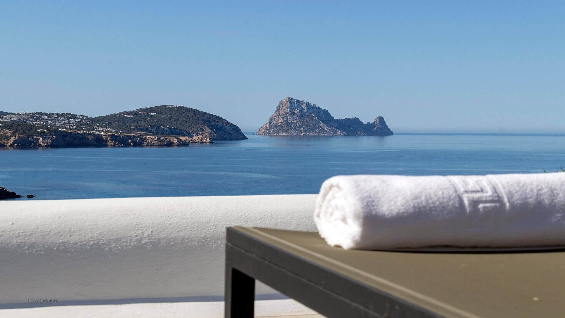 Villa Charlotte Ibiza 11 Cala Codolar