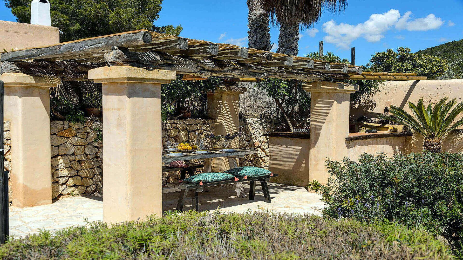 Villa Romero I Ibiza 15 Near Es Cubells