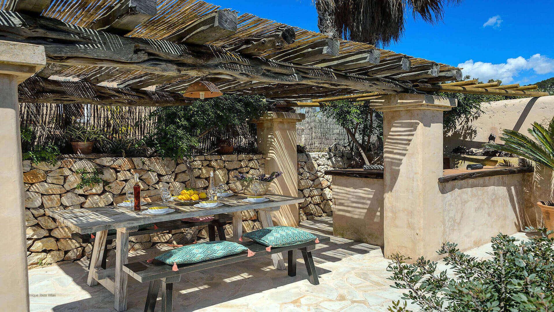 Villa Romero I Ibiza 20 Near Es Cubells