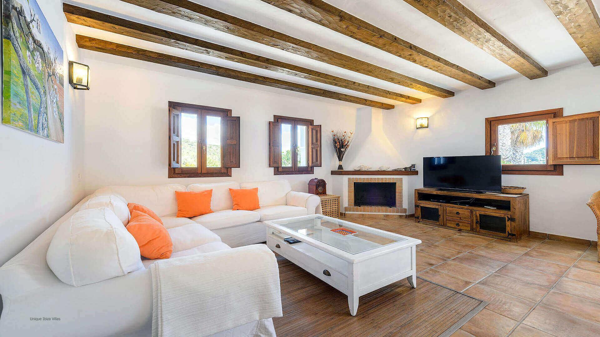 Villa Romero I Ibiza 32 Near Es Cubells
