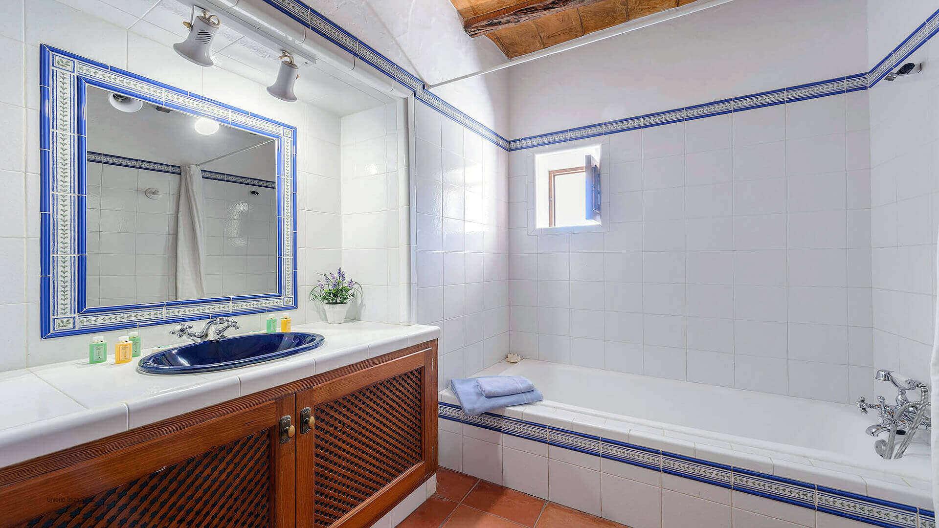 Villa Romero I Ibiza 46 Bathroom 3