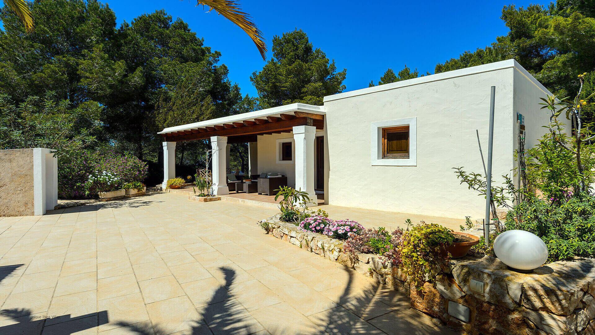 Villa Romero II Ibiza 15 Near Es Cubells