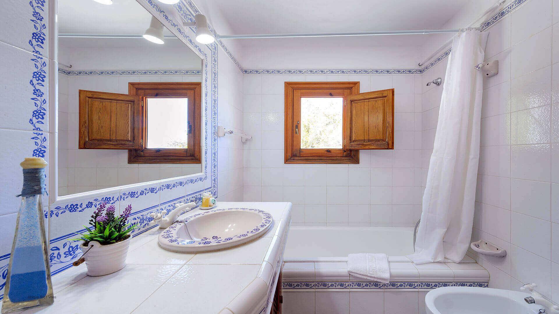 Villa Romero II Ibiza 44 Bathroom 3