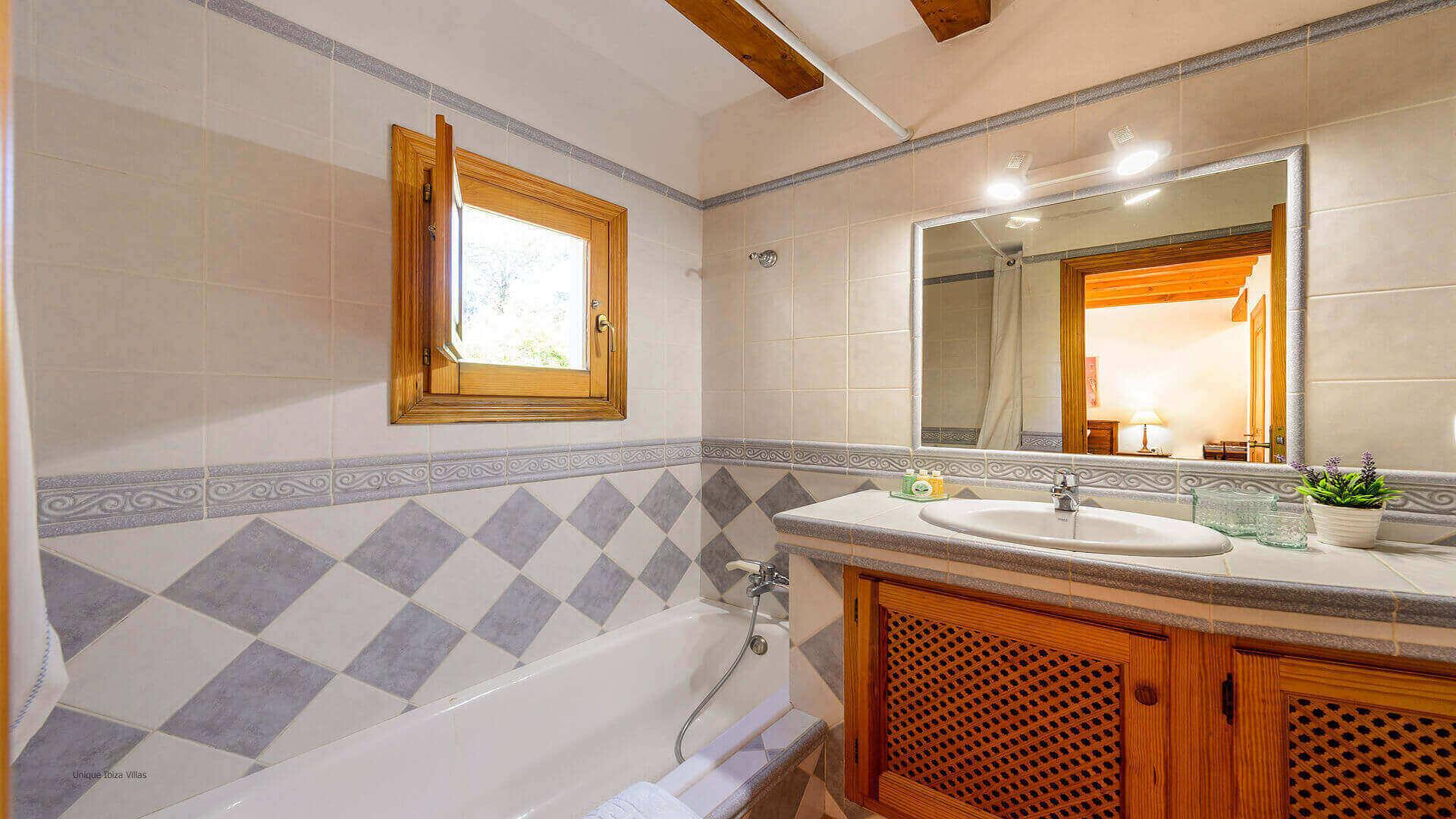 Villa Romero II Ibiza 48 Bedroom 4 En Suite