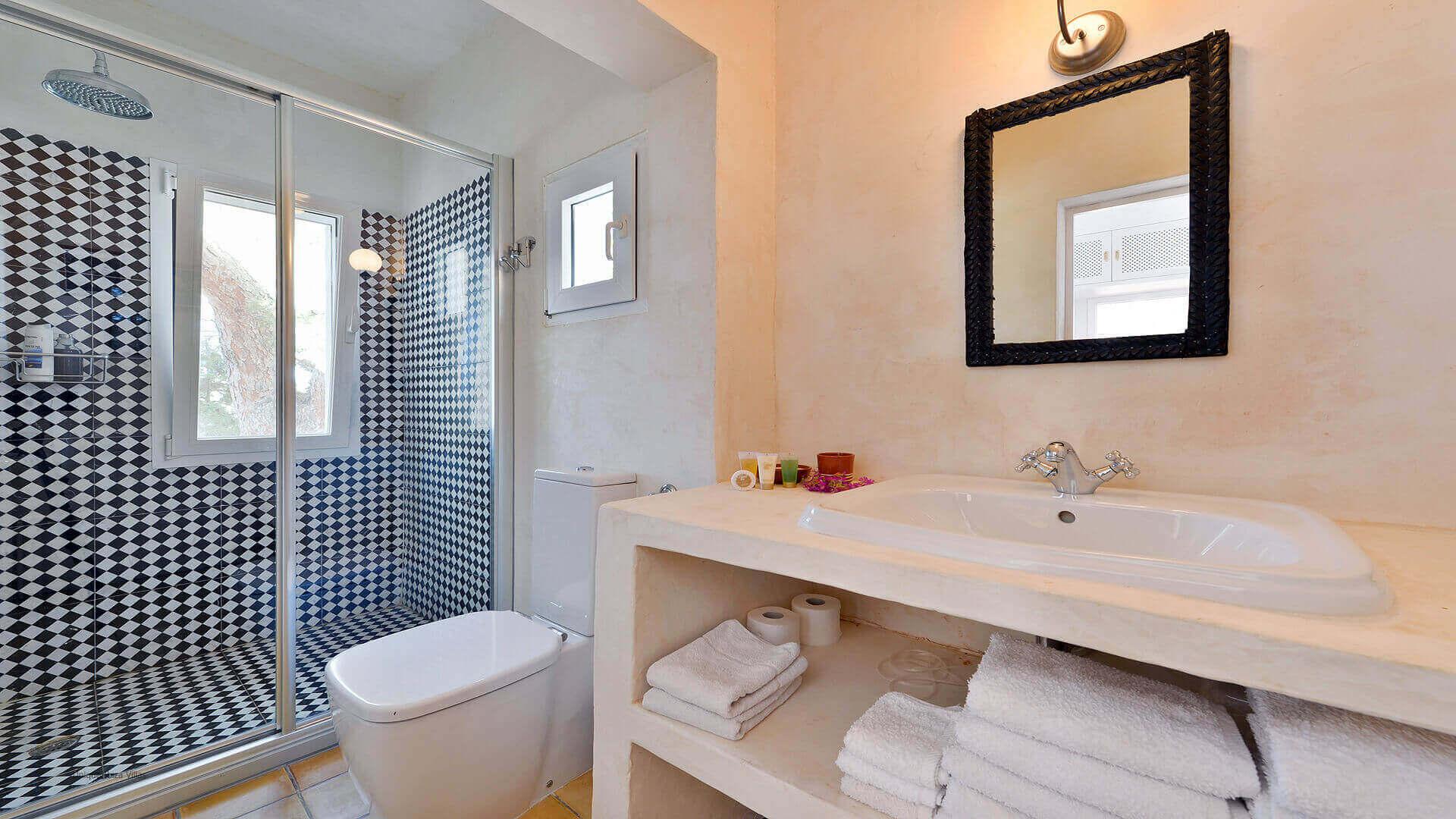 Villa Cala Salada Ibiza 33 Bedroom 1 En Suite