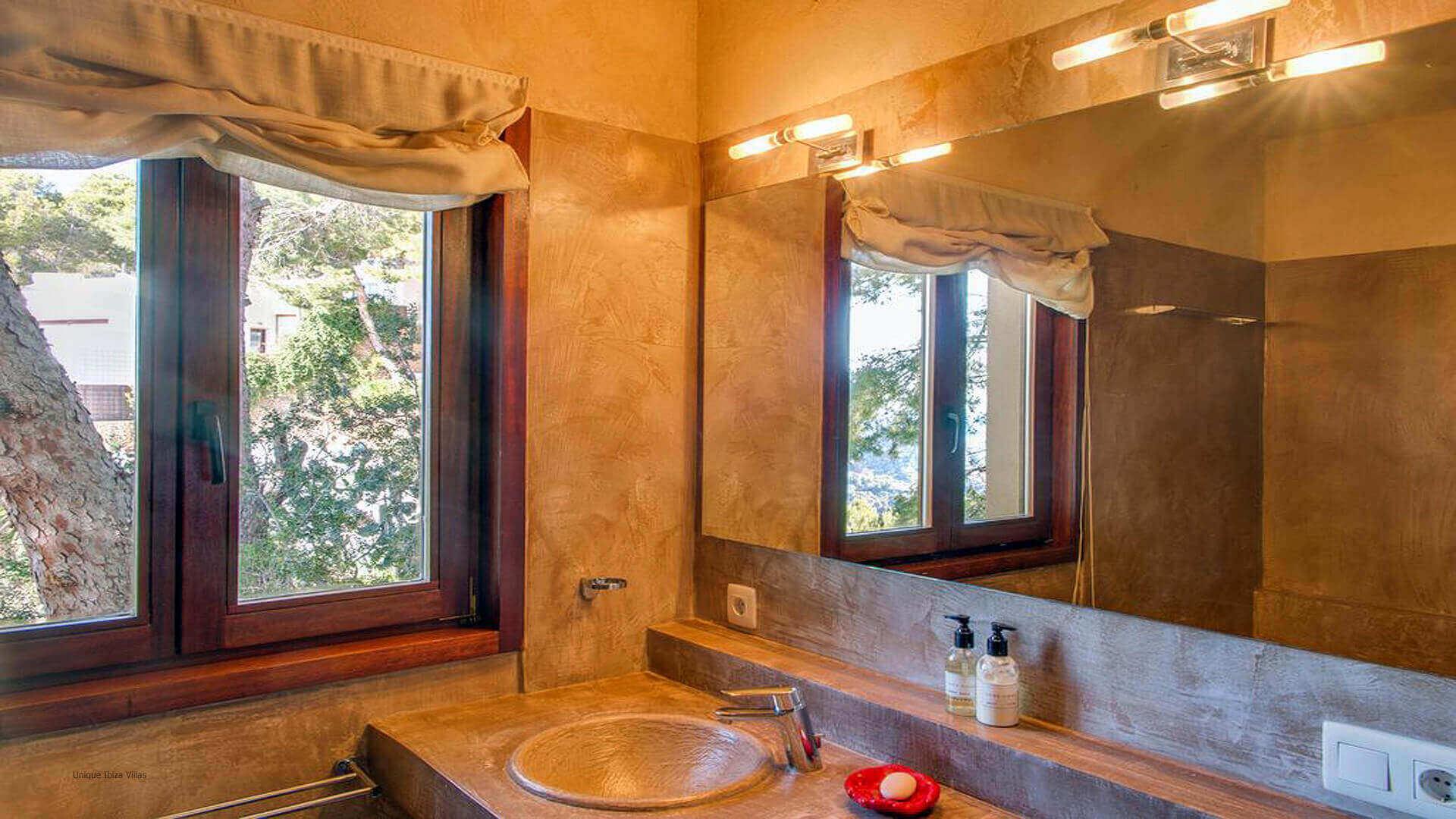 Villa Mint Ibiza 23 Bedroom 2 En Suite