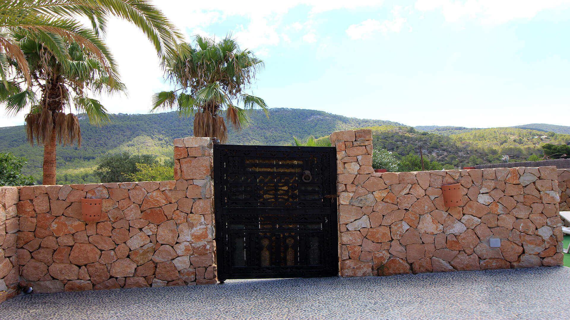 Casa Roja Ibiza 15 Cala Vadella
