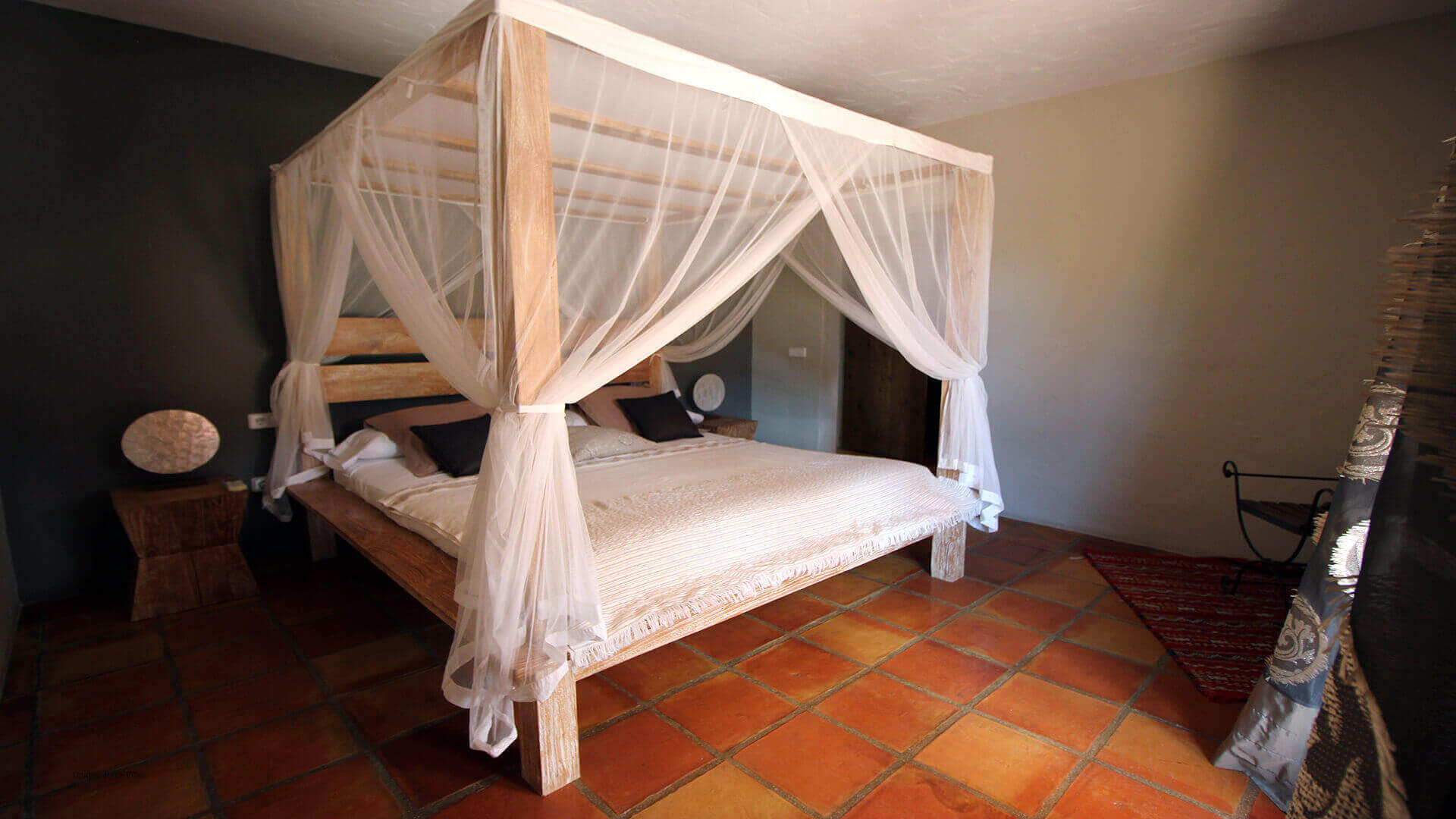 Casa Roja Ibiza 25 Bedroom 1
