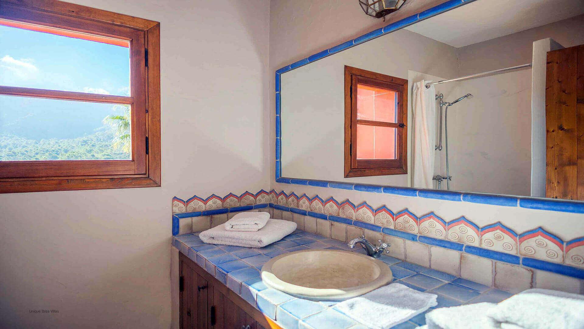 Casa Roja Ibiza 28 Bedroom 2 En Suite
