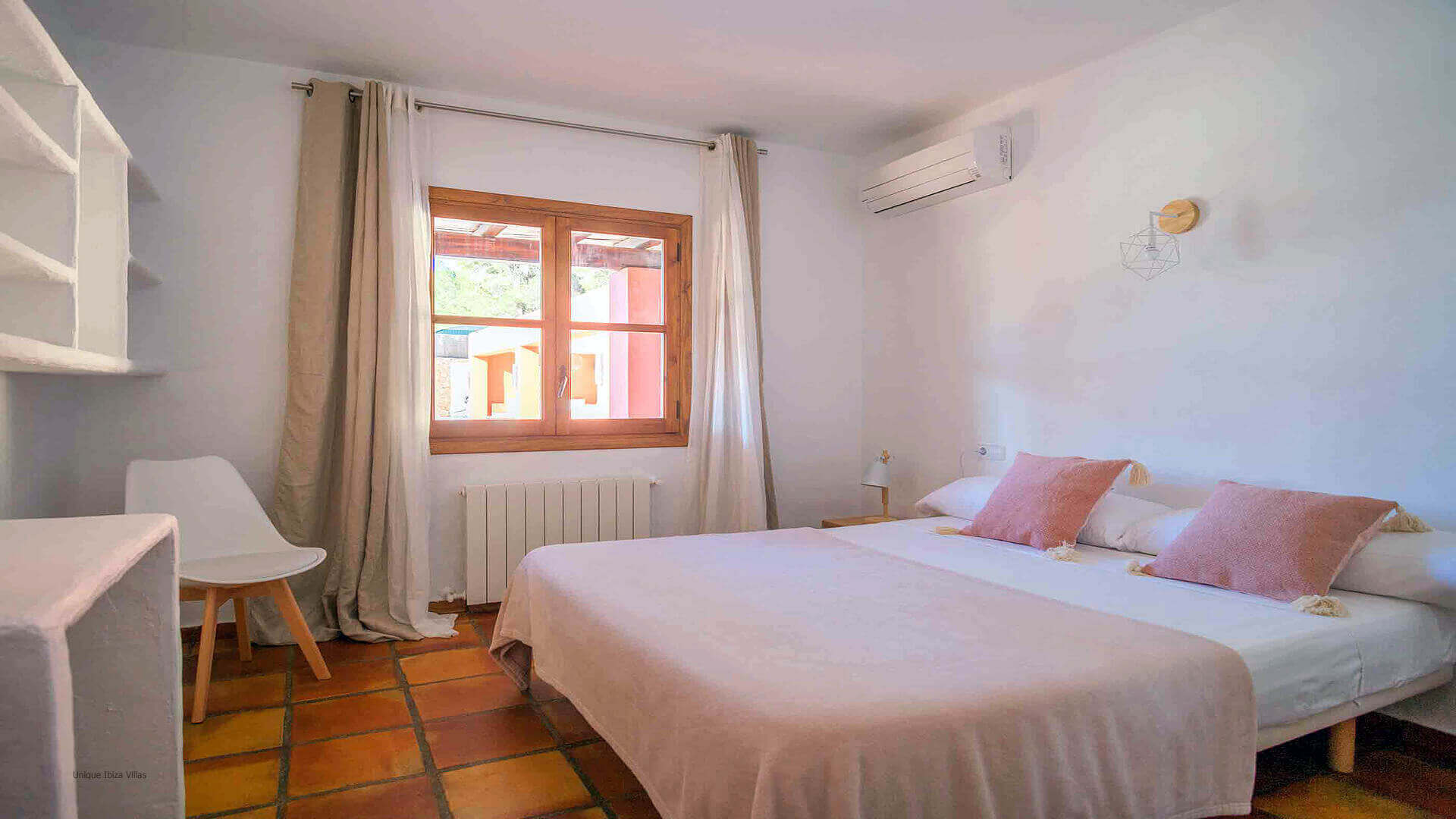 Casa Roja Ibiza 33 Bedroom 3
