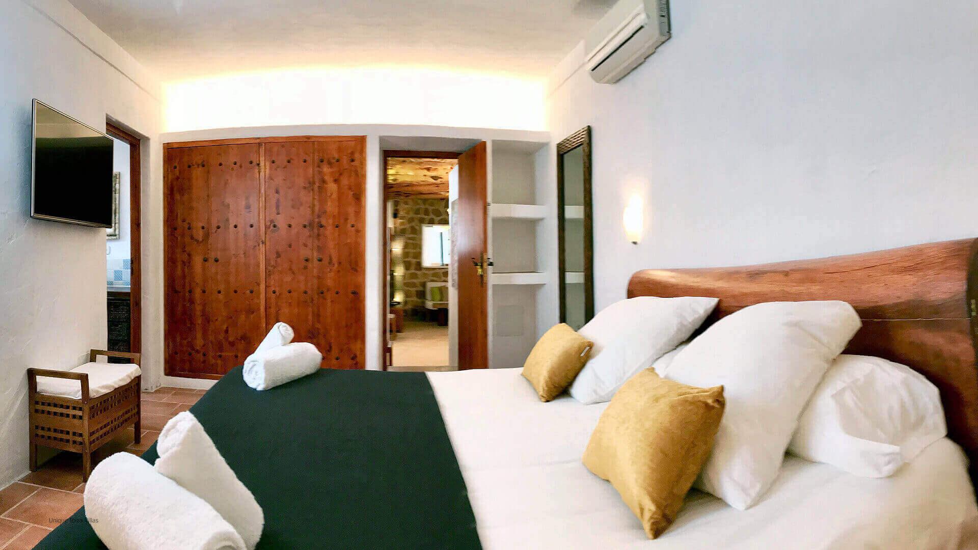 Villa Jade Ibiza 35 Bedroom 1