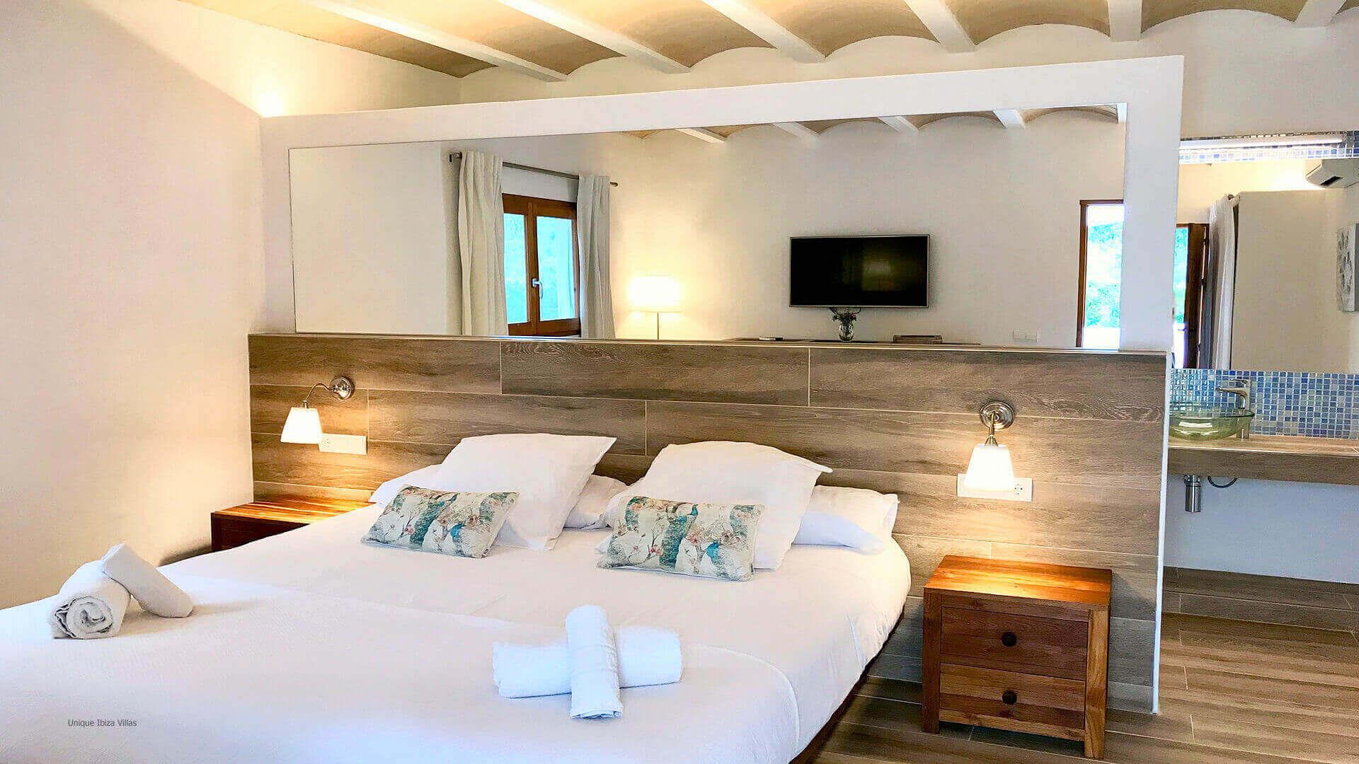 Villa Jade Ibiza 37 Bedroom 2