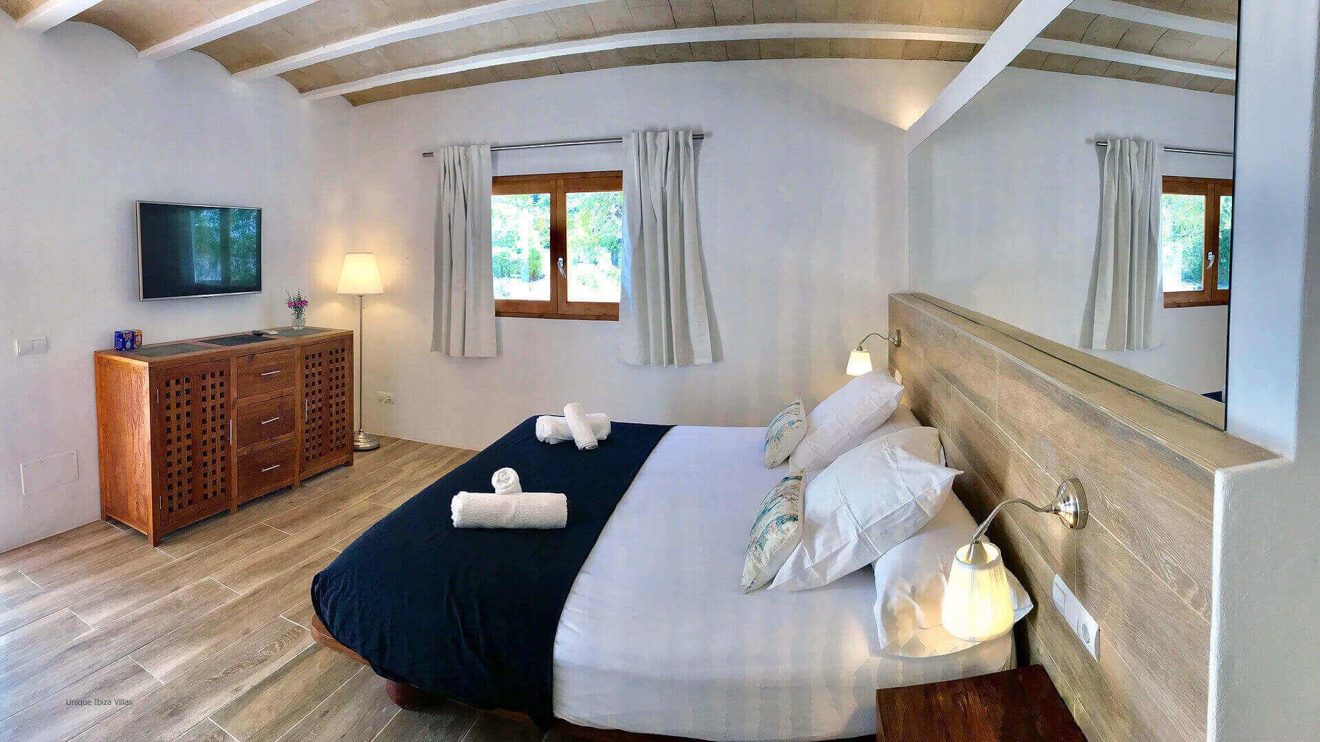 Villa Jade Ibiza 40 Bedroom 3