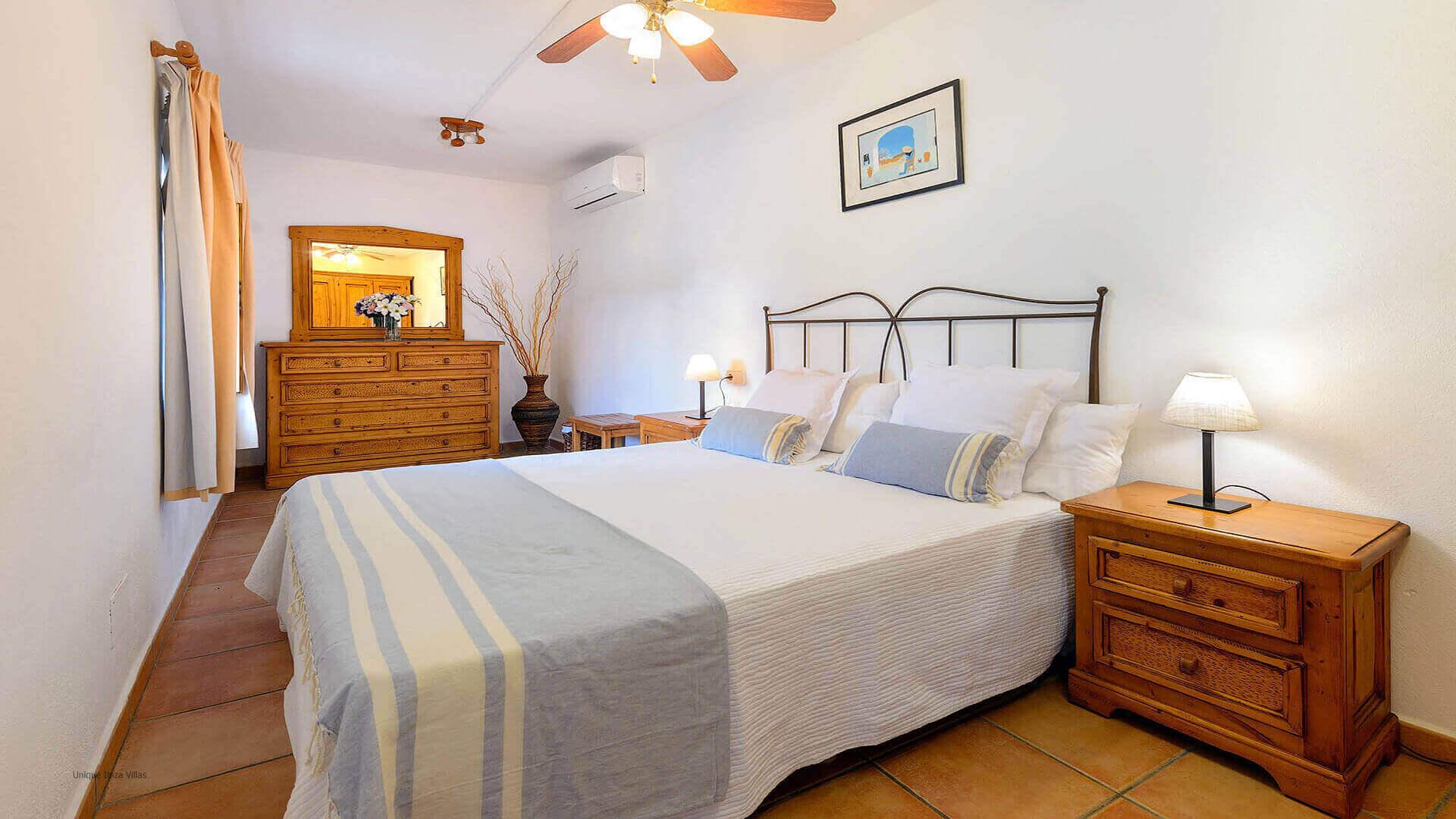 Villa Los Naranjos Ibiza 28 Bedroom 1