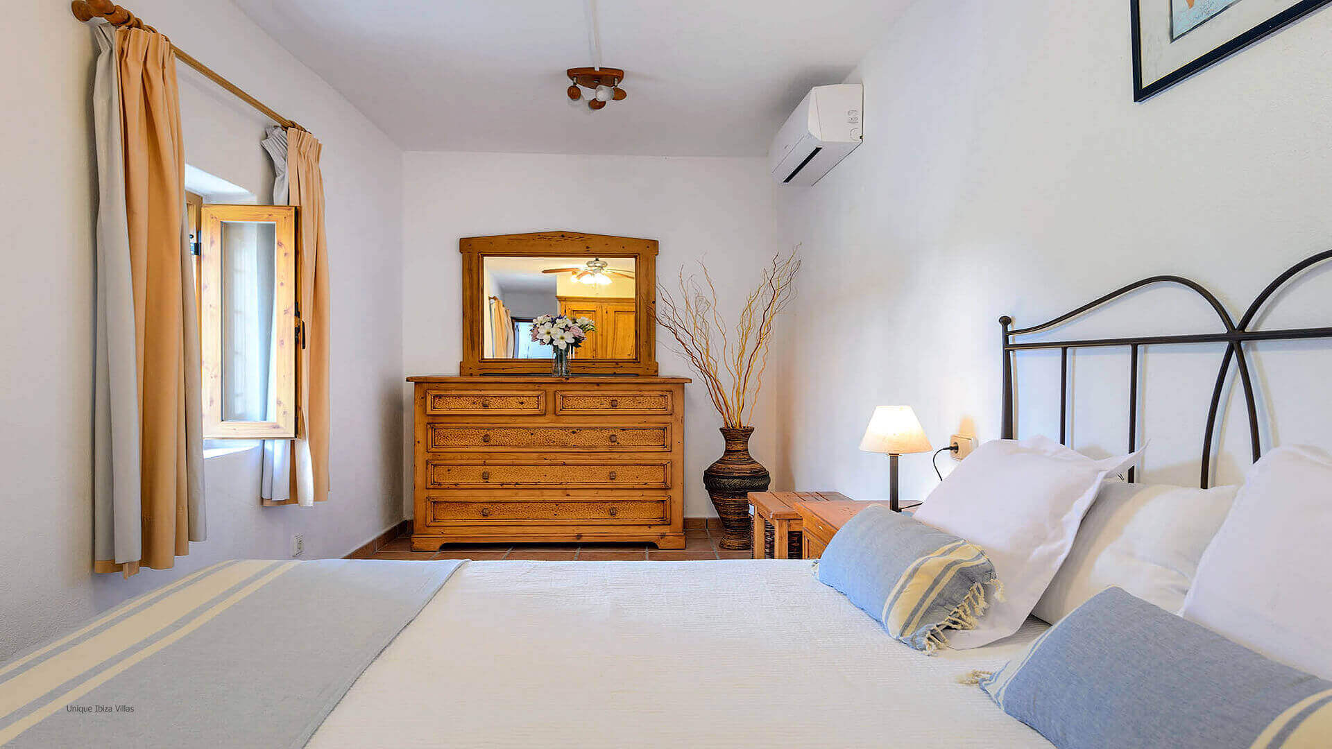 Villa Los Naranjos Ibiza 29 Bedroom 1