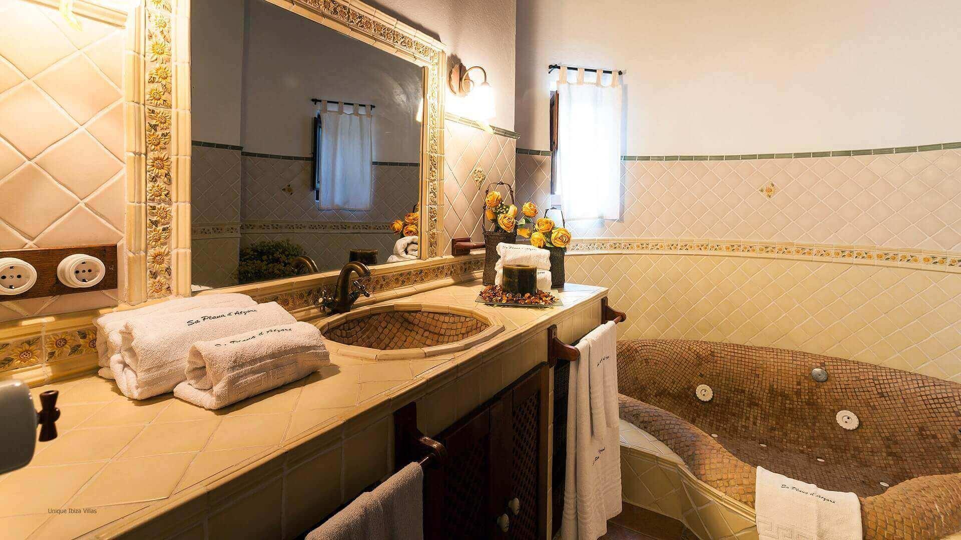 Villa San Lorenzo Ibiza 34 Bedroom 1 En Suite