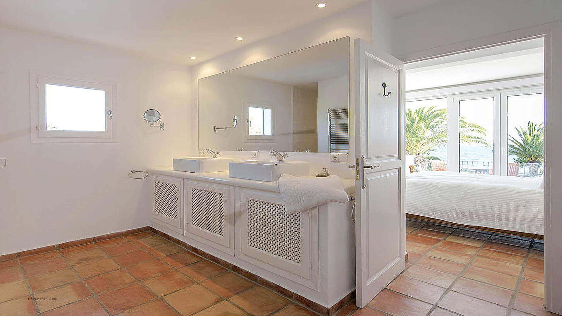 Villa Cigala Ibiza 32 Bedroom 1 En Suite