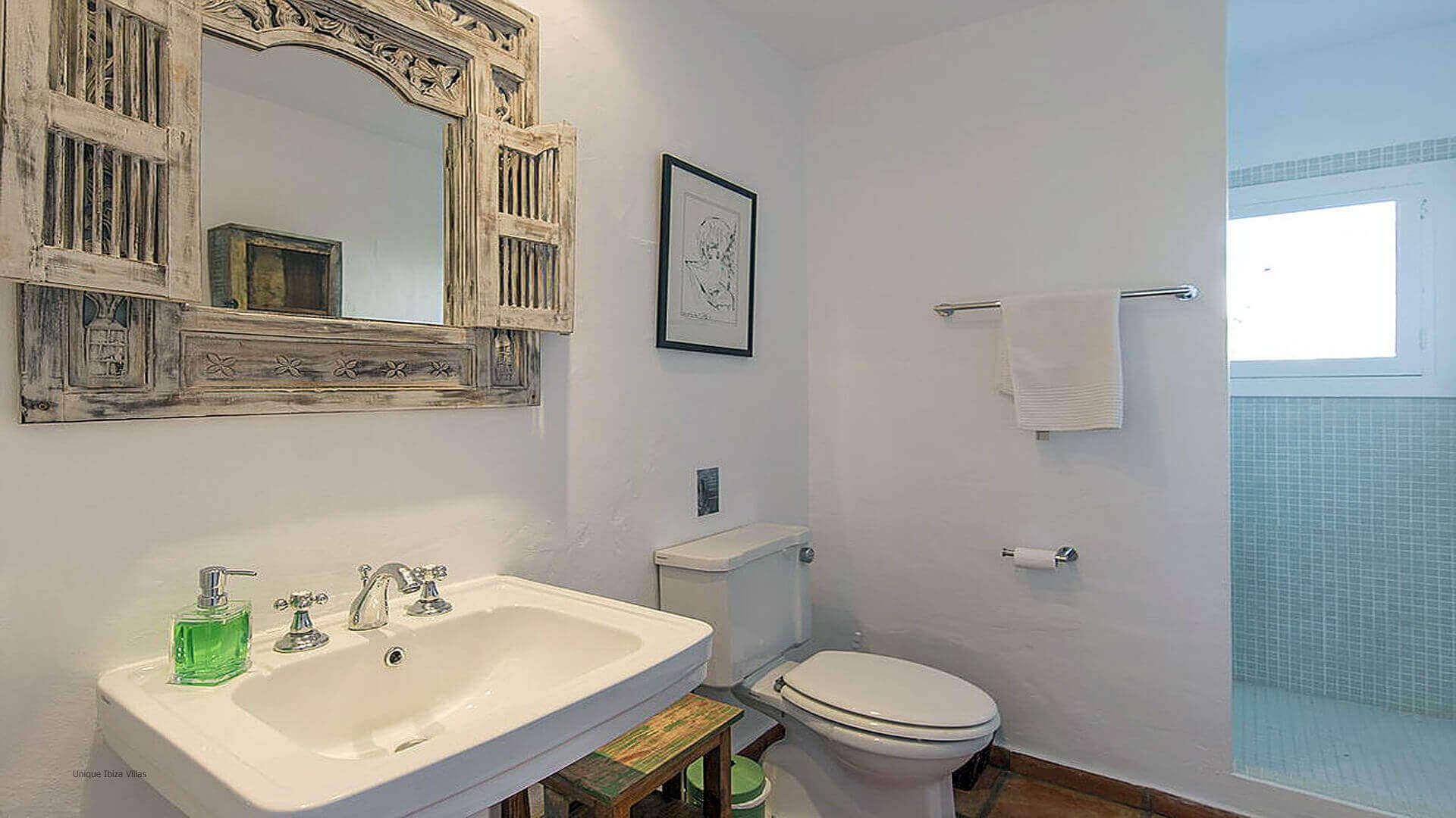 Villa Cigala Ibiza 34 Bathroom 2