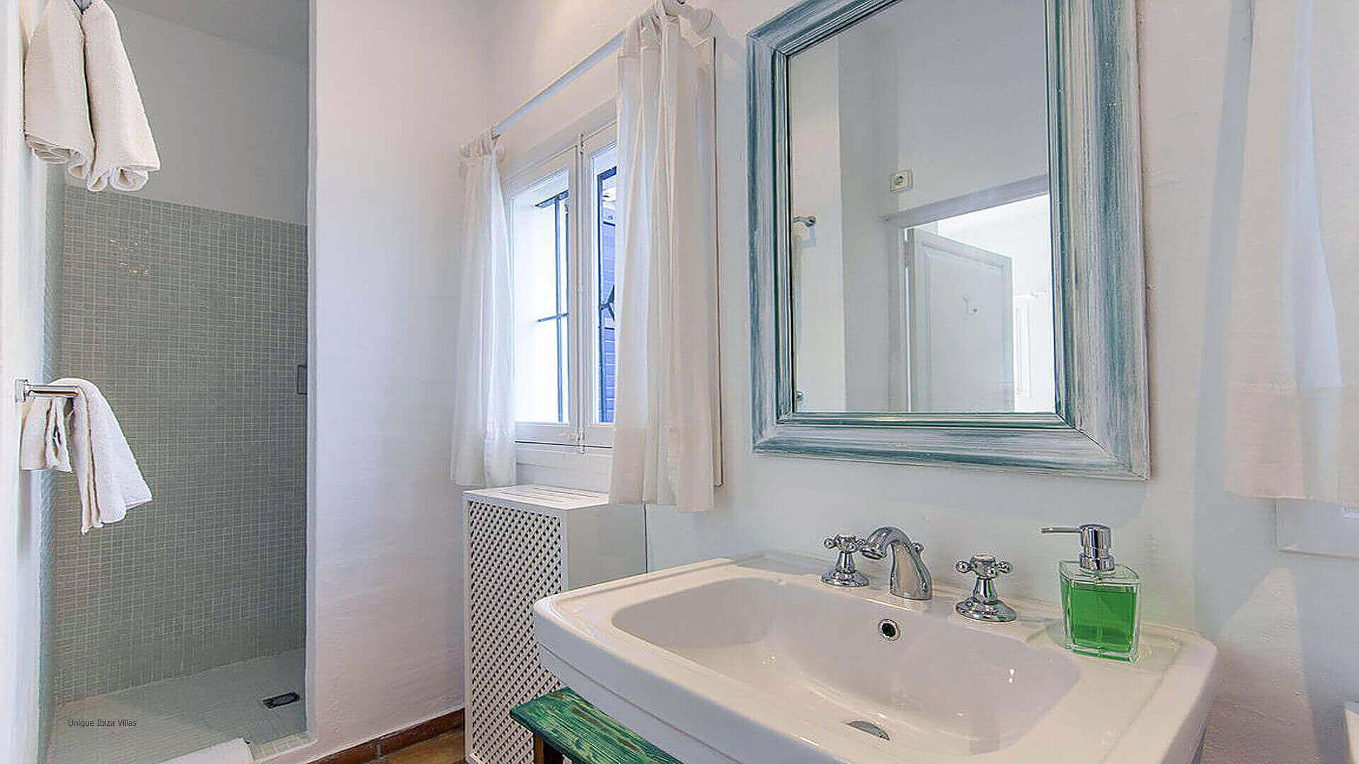 Villa Cigala Ibiza 36 Bedroom 3 En Suite