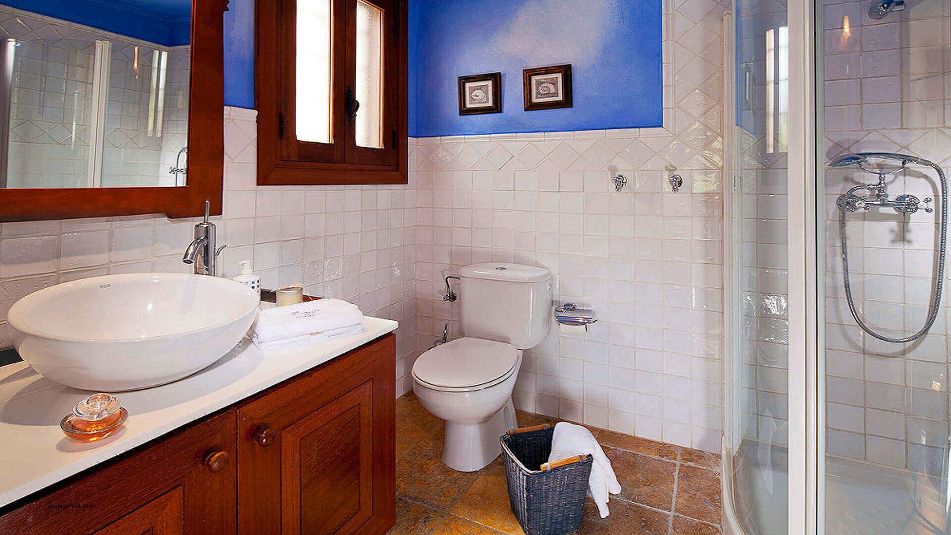Villa El Abuelo 28 Ibiza Bathroom 3