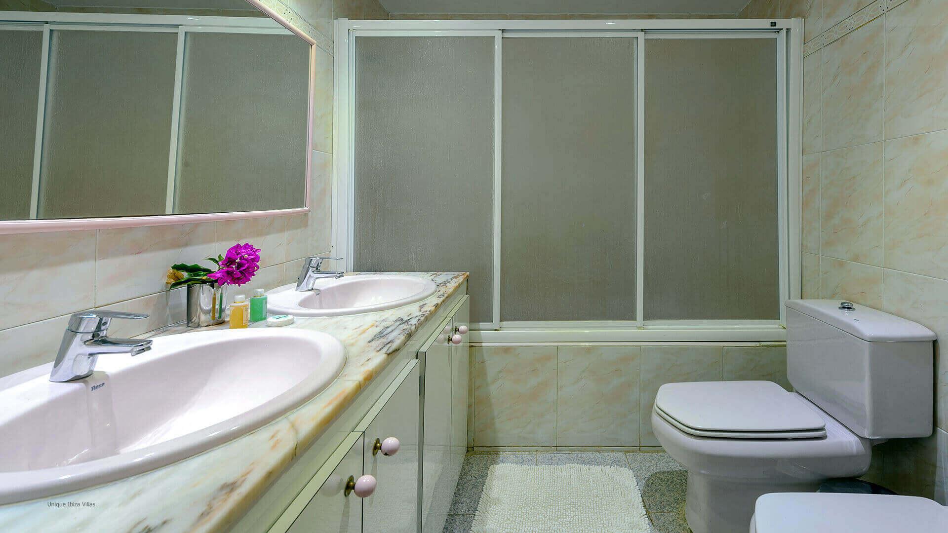 Casa Benirras Ibiza 34 Bathroom 1
