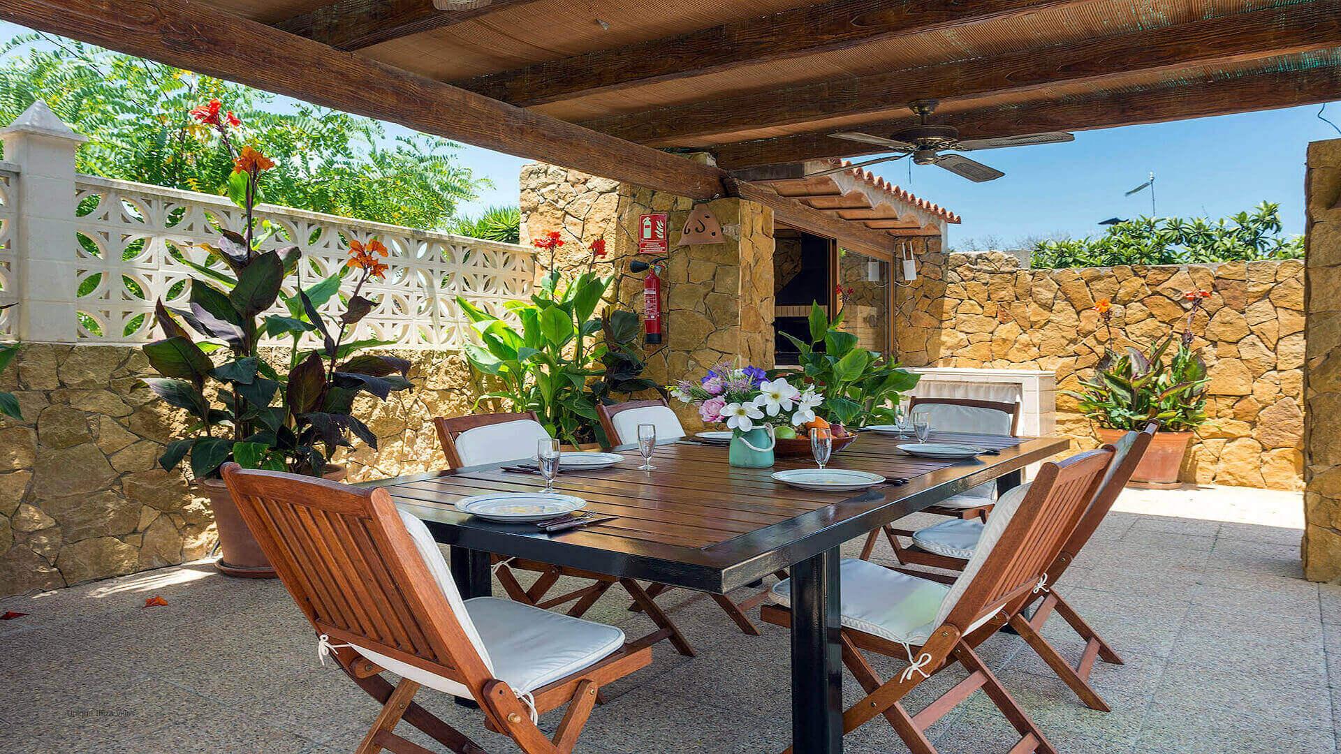 Can Raco Ibiza 13 Near Santa Gertrudis