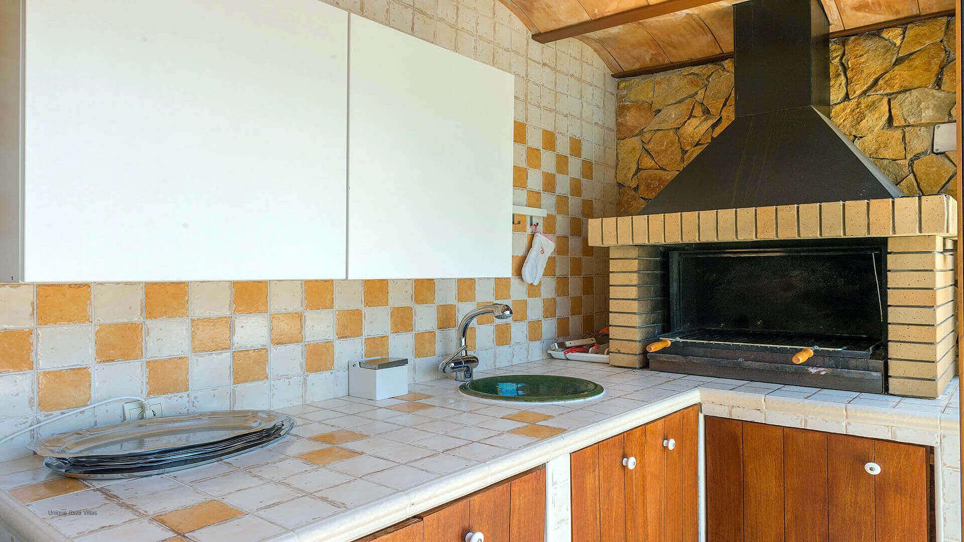 Can Raco Ibiza 14 Near Santa Gertrudis