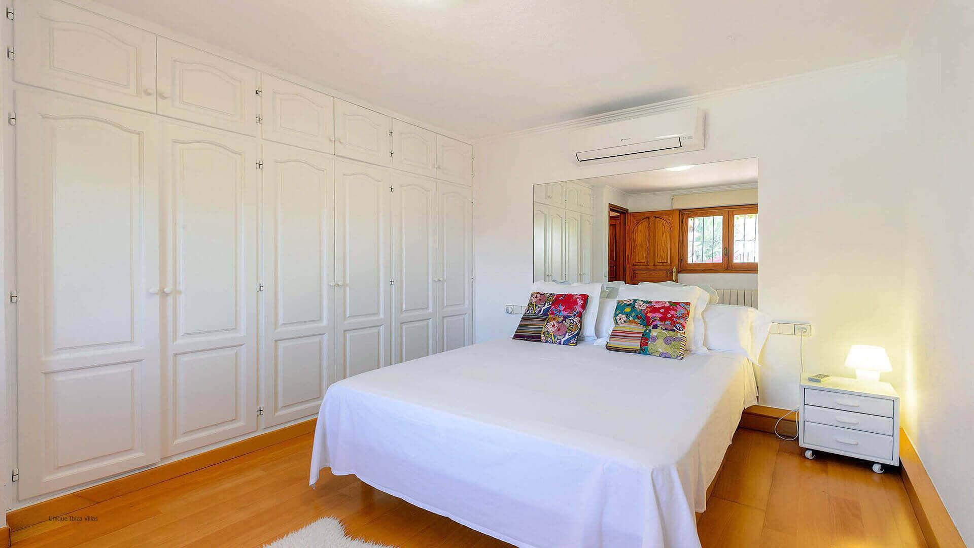 Can Raco Ibiza 40 Bedroom 3