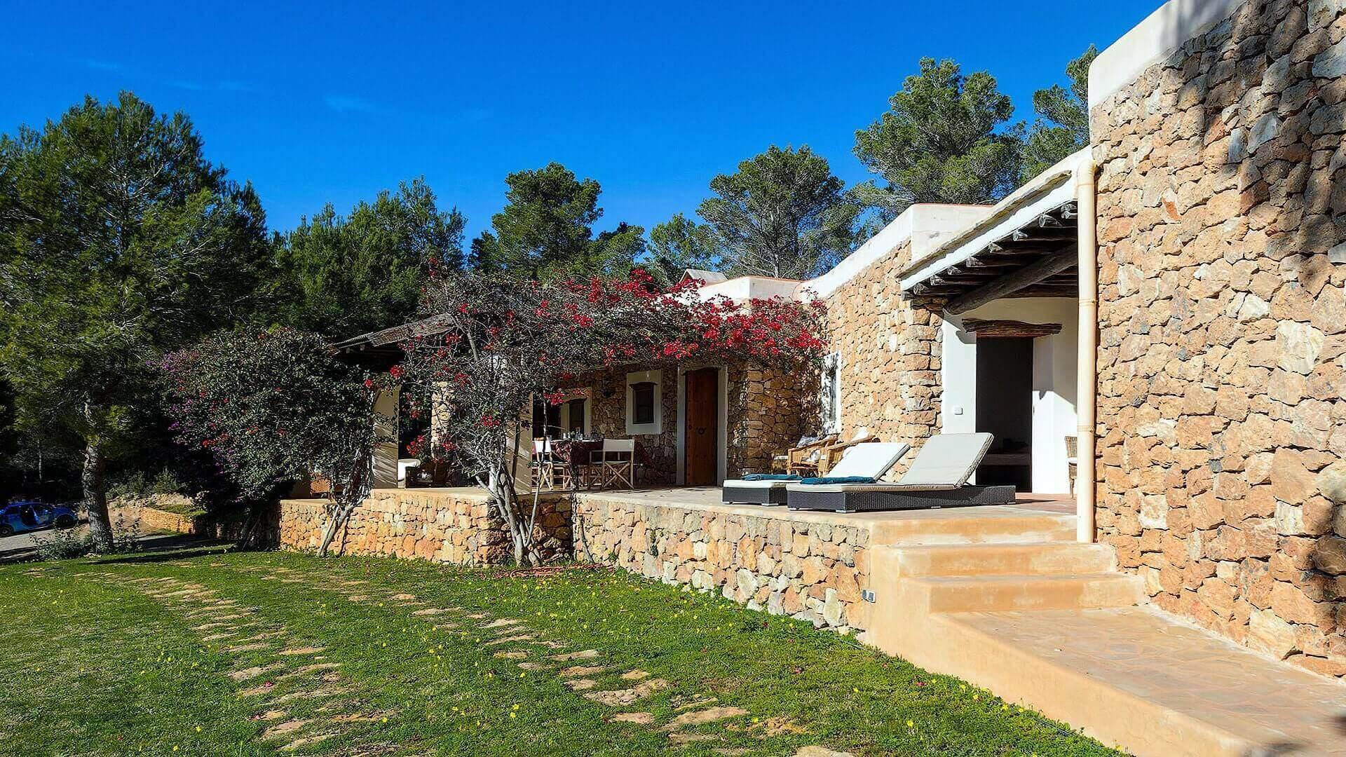 Villa Ashram Ibiza 9 Santa Gertrudis