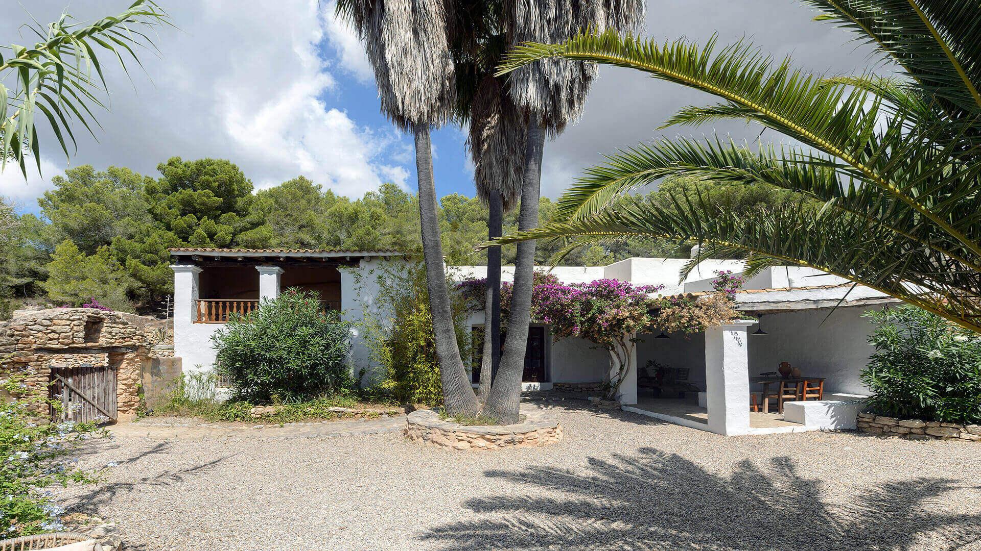 Villa Gilbert Ibiza 9 Near Santa Gertrudis