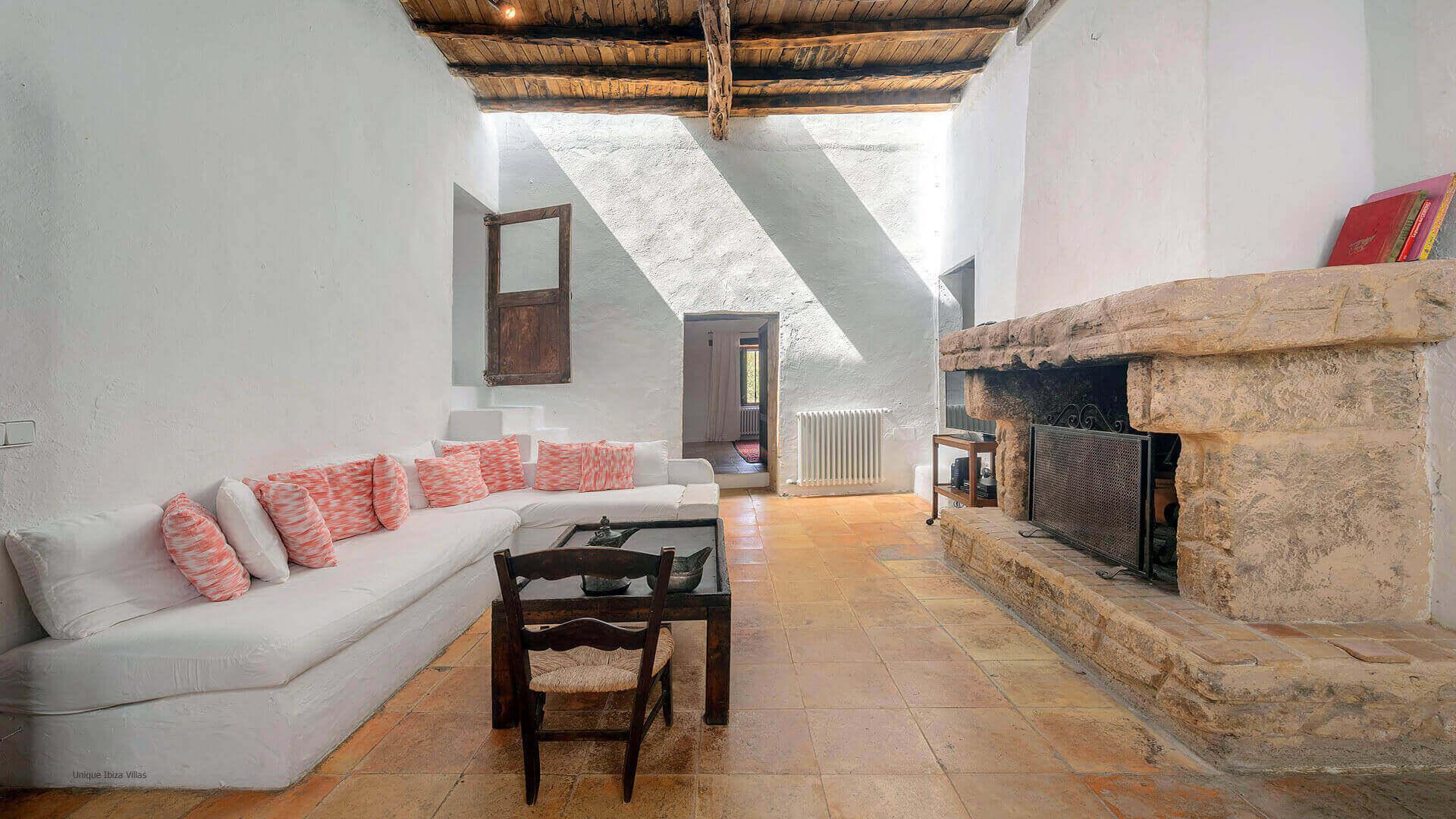 Villa Gilbert Ibiza 23 Near Santa Gertrudis