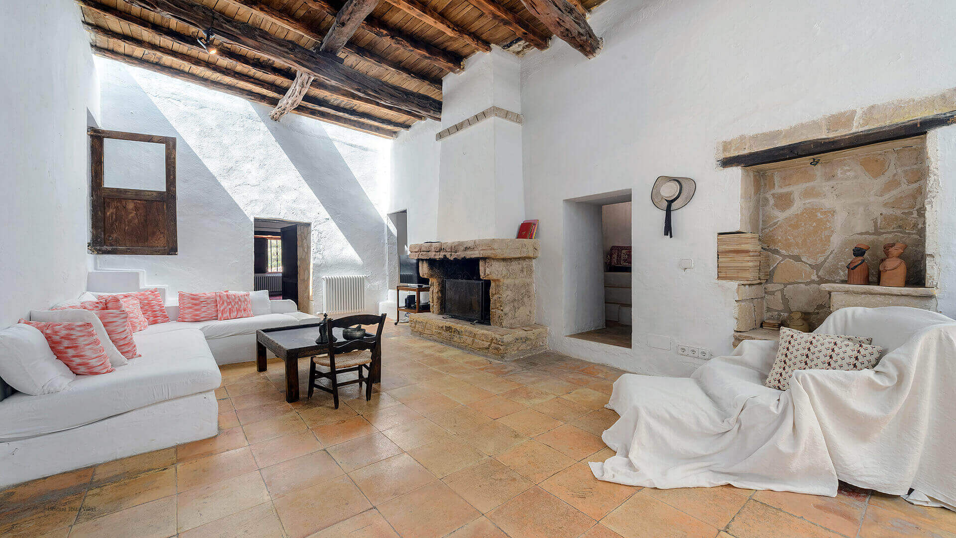 Villa Gilbert Ibiza 25 Near Santa Gertrudis
