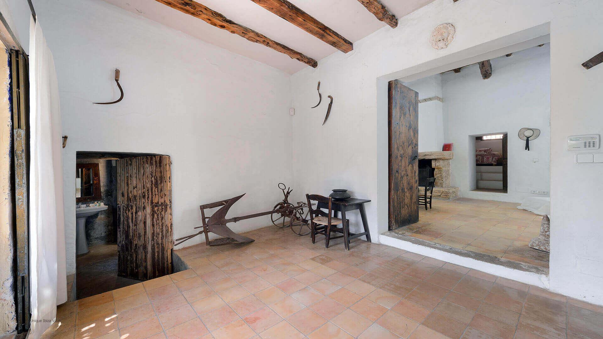 Villa Gilbert Ibiza 30 Near Santa Gertrudis
