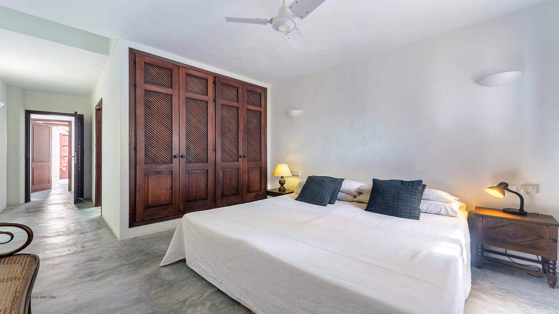 Villa Gilbert Ibiza 33 Bedroom 1