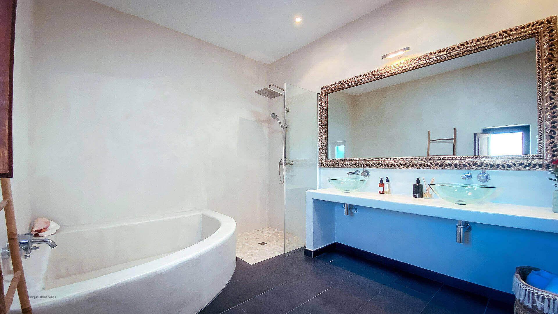 Villa El Secreto Ibiza 32 Bedroom 1 En Suite