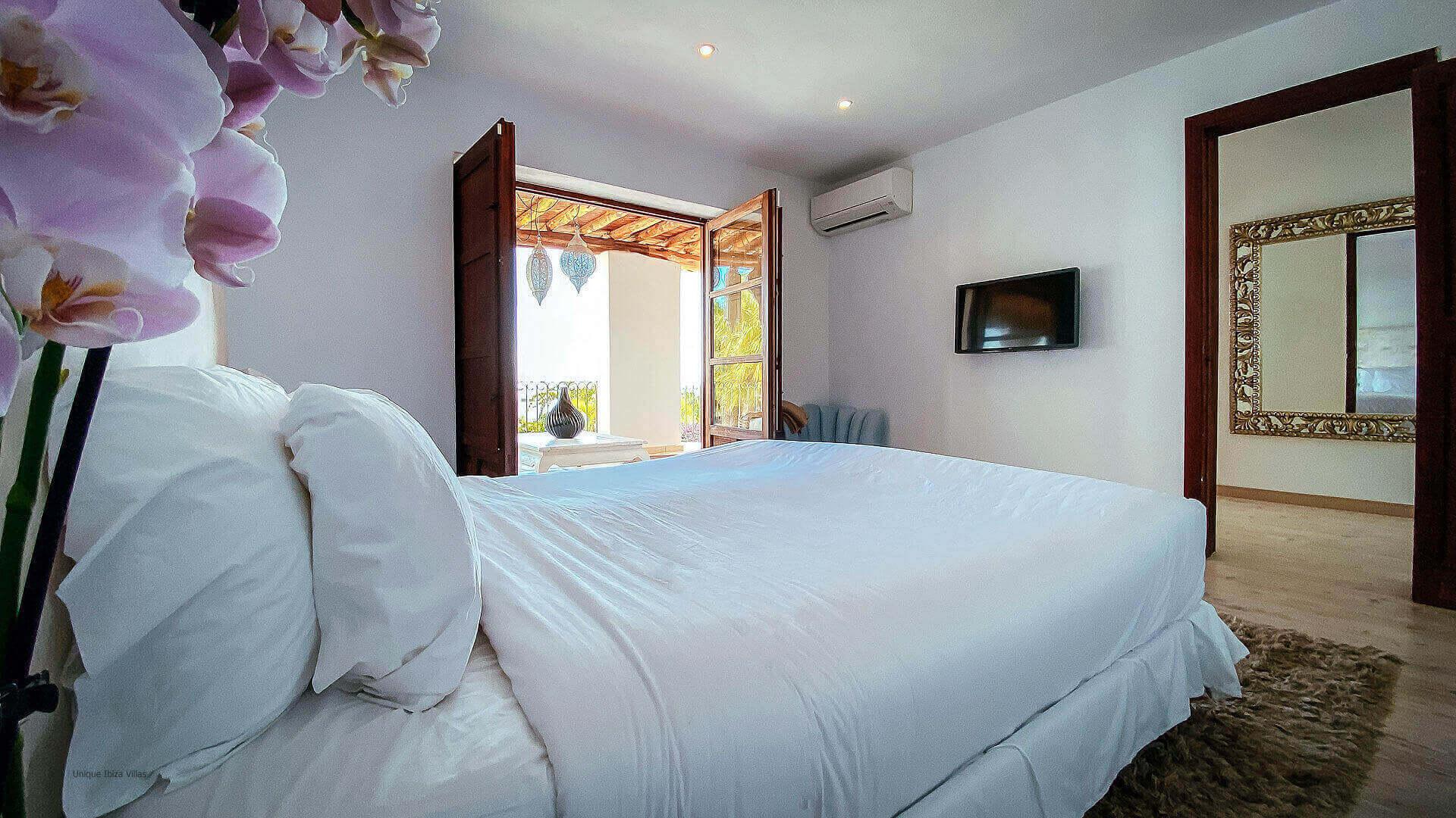 Villa El Secreto Ibiza 38 Bedroom 2 Terrace