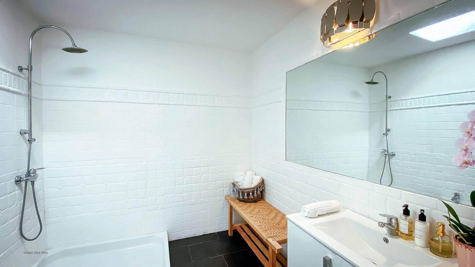 Villa El Secreto Ibiza 40 Bathroom 2